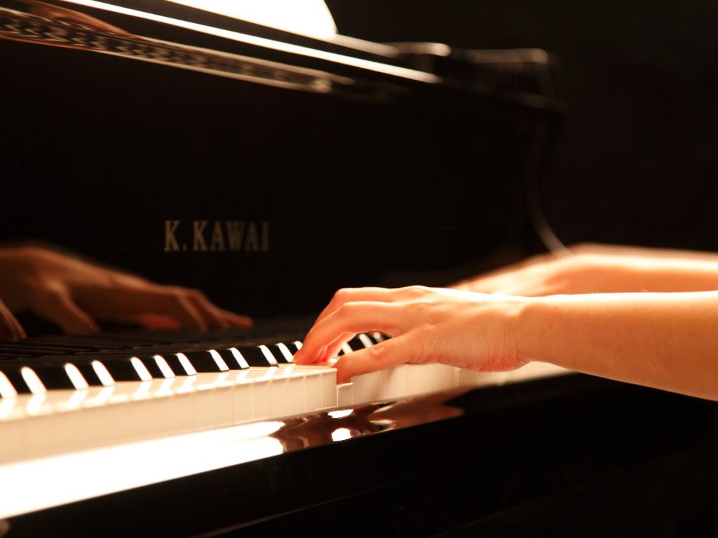 nieuwe akoestische piano kopen piano verhulst