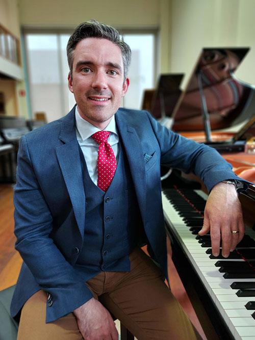 Dries Verhulst - zaakvoerder Piano's Verhulst Poperinge