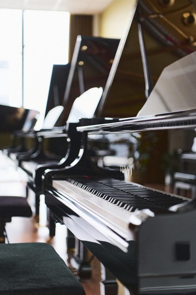 Akoestische piano's bij Piano's Verhulst